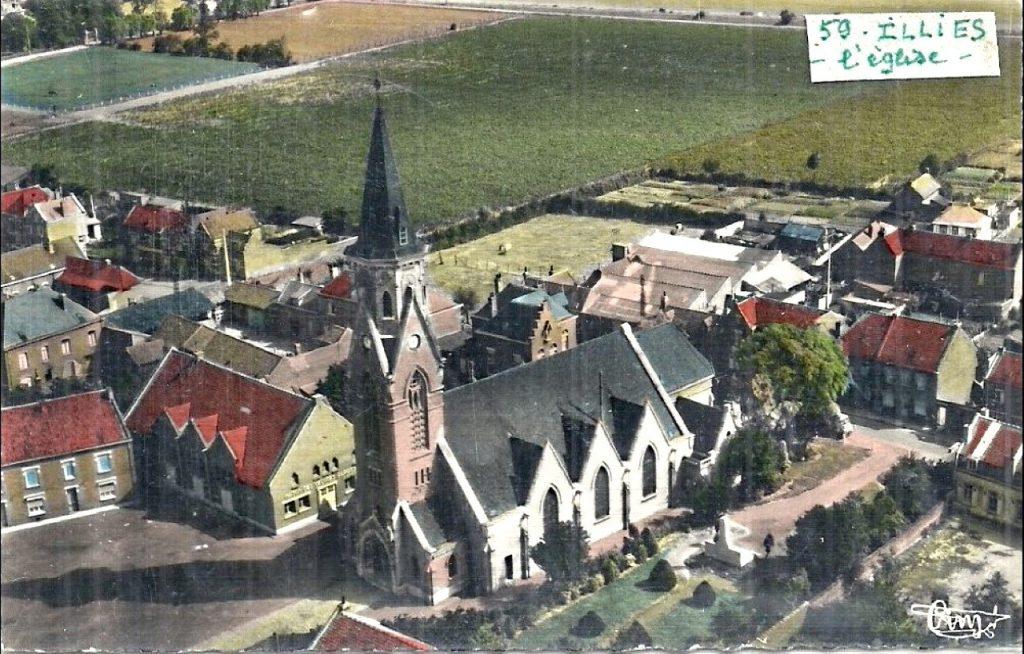Illies, l'église et le centre ville vue du ciel